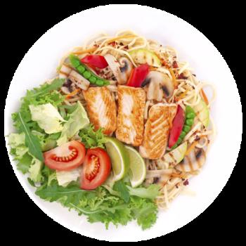 Салат паста з лососем у вершковому соусі